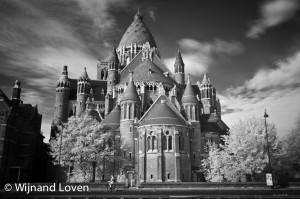 Infrarood foto van de Kathedraal Sint Bavo in Haarlem
