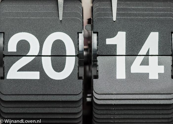 Het jaartal 2014 op retro-klok