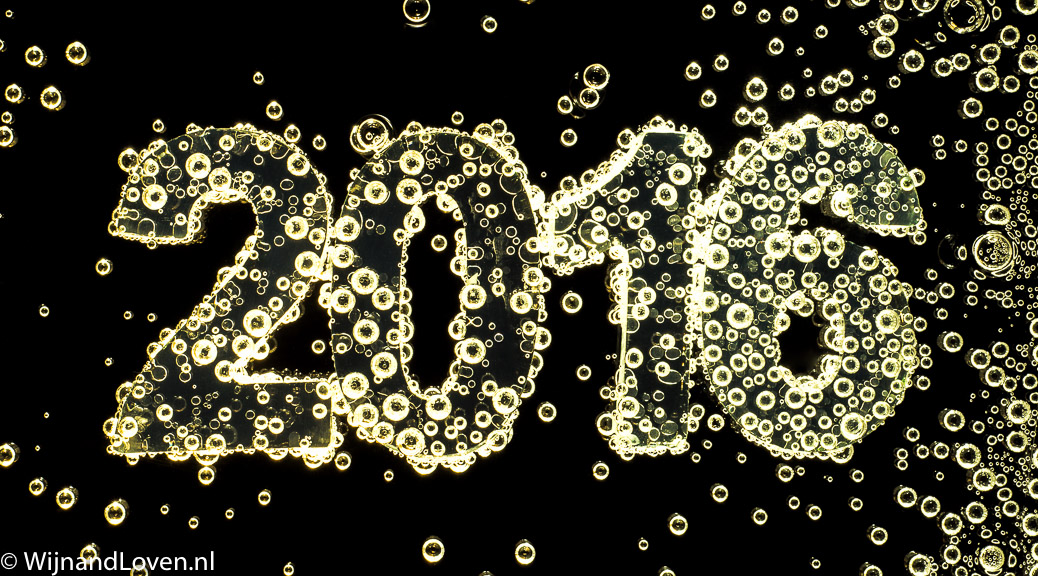 Het jaartal 2016 op een Nieuwjaarskaartje voor de feestdagen